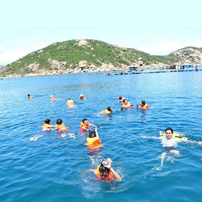 Tour Bình Ba Nha Trang, Biển Dốc Lết, Tiệc Hải Sản 3N3Đ