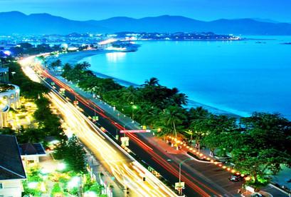 Tour Nha Trang – Limousine –'Chuyên Cơ Mặt Đất' Tour Nha Trang – Buffet Hải Sản- Robinson Trên Đảo Bích Đầm