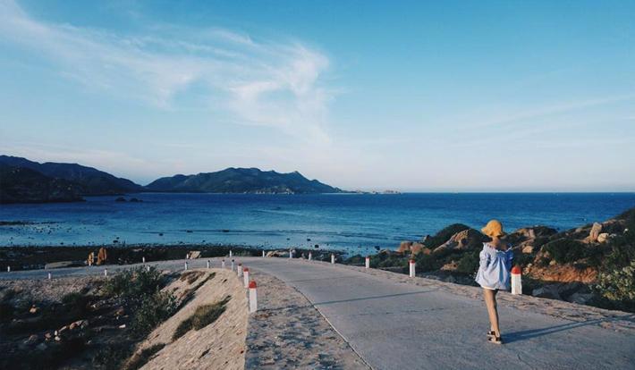 [LIMOUSINE] TOUR BÌNH BA - TIỆC HẢI SẢN